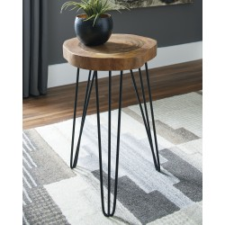 Eversboro - Brown/Black - Accent Table