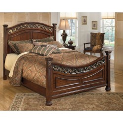 Leahlyn - Warm Brown - California King Panel Bed