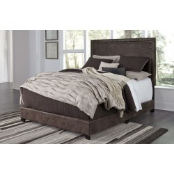 Dolante - Brown - King Upholstered Bed