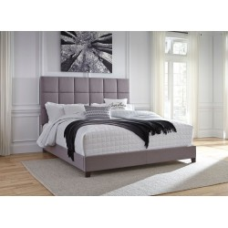 Dolante - Gray - King Upholstered Bed